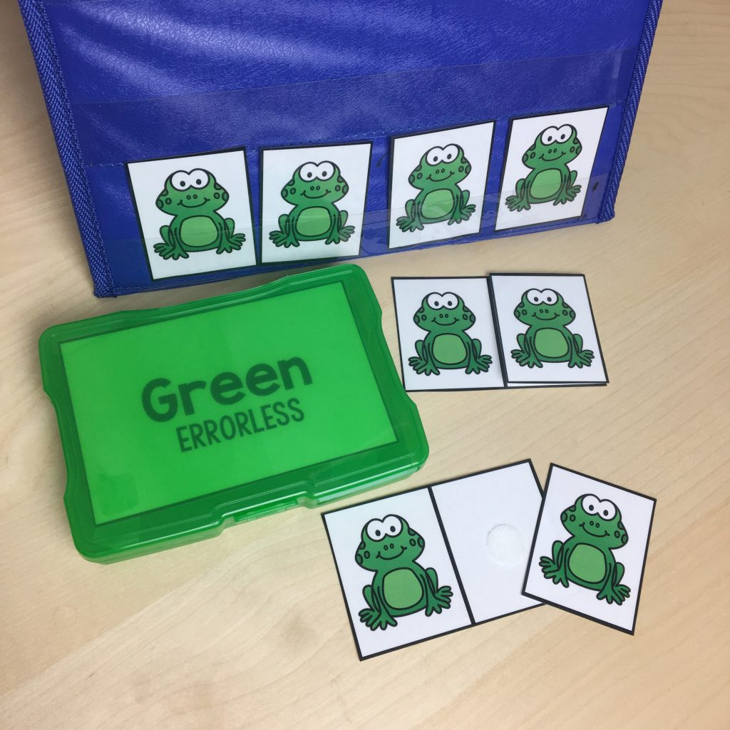 Green Errorless Task Box With Frogs on Cards on a Table